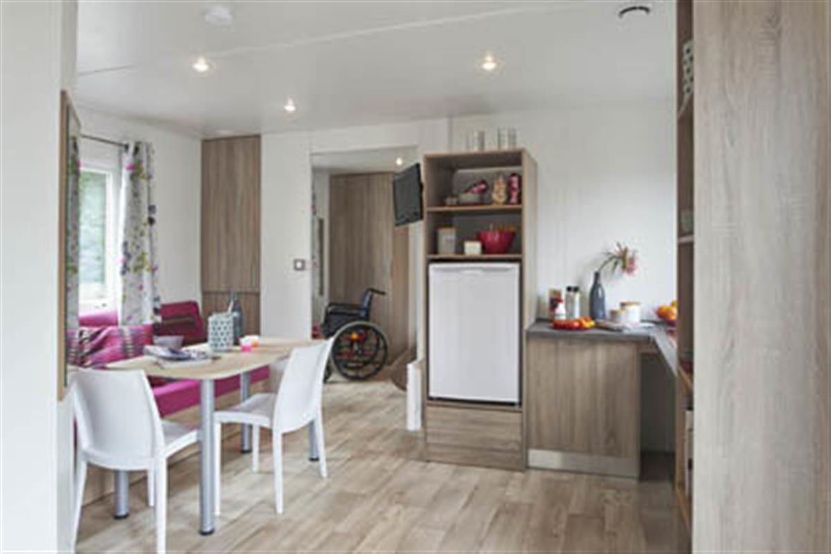mobil home pour personnes mobilit r duite camping oleron location de mobil home ol ron. Black Bedroom Furniture Sets. Home Design Ideas