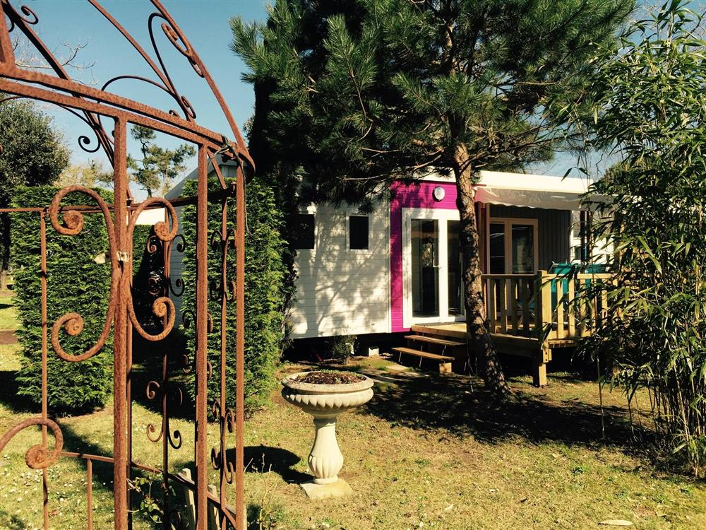 mobil home adriatic camping oleron  le sous bois grand confort 2 chambres